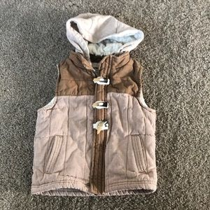 Genuine Kids Hooded Vest Size 3T